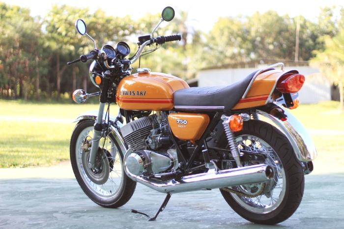 PietroDuarte.Blog.Kawasaky H2 Mach IV_1972 (1)